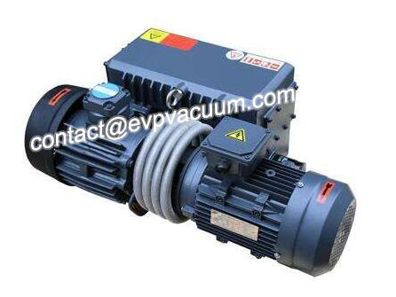 Vacuum pump for moulding machine