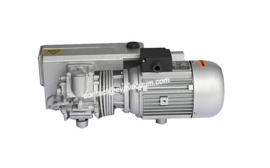 Rotary vane vacuum pump for meat processing plants