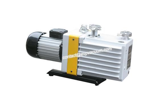 Rotary vane vacuum pump for oil depot