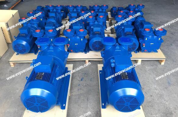 Vacuum system for oil deodorization