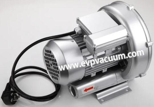Air blower for thermoforming
