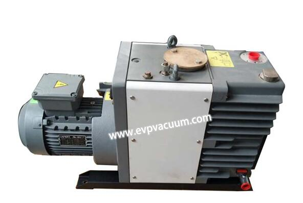 Rotary vane vacuum pump in satellite vacuum test