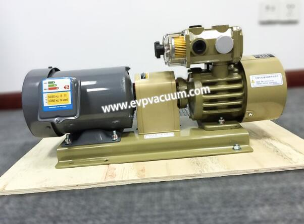 Vacuum filtration device with oil-free vacuum pump